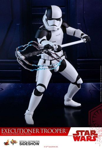 HOT TOYS STAR WARS FIRST ORDER EXECUTIONER TROOPER / SIXTH SCALE
