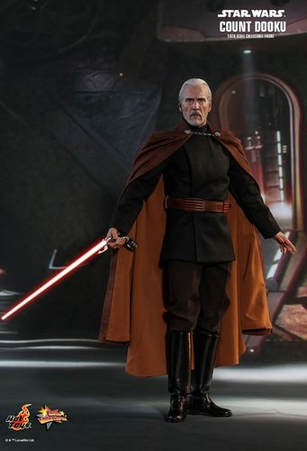 HOT TOYS STAR WARS COUNT DOOKU / SIXTH SCALE MMS496