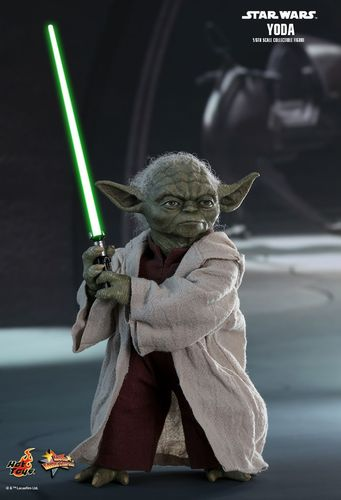 HOT TOYS STAR WARS YODA (EPISODE II) / SIXTH SCALE MMS495